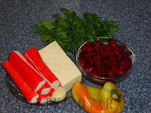Салат из фасоли с крабовыми палочками