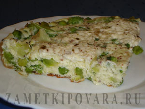 Омлет с брокколи и зеленым горошком