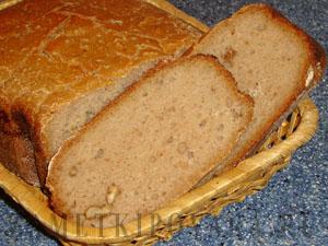 Хлеб с медом и орехами