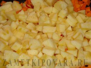 Тыква с яблоками, запеченная в духовке