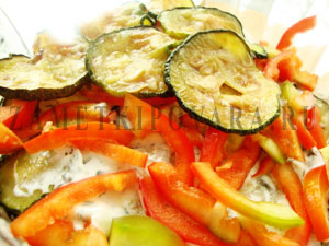 Закуска из цукини с овощами