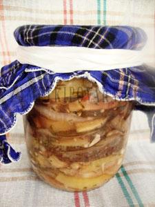 Острая закуска из баклажан