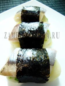 Картофельные нигири с сельдью