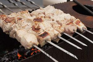 Шашлык из свинины на минералке