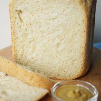 Овсяный хлеб с горчицей