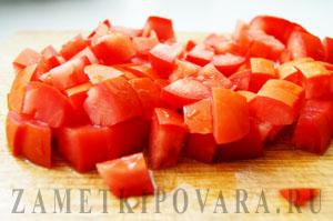 Мясо курицы в томатном соусе с шалфеем