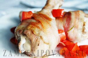 Куриные голени в беконе