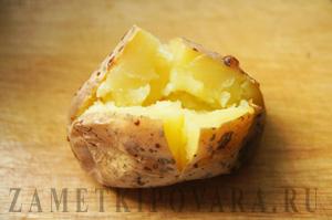 картошка со сметанным соусом