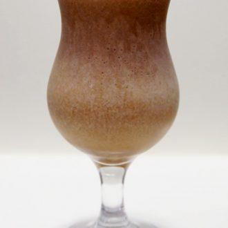 Молочно-кофейный коктейль с бананом