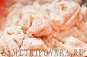 Курино-грибной пирог в горшочке