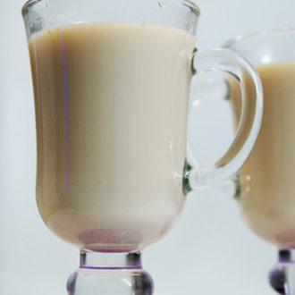Пряный чай с молоком