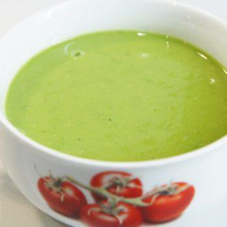 Суп-пюре из зеленого горошка с сыром Моцарелла