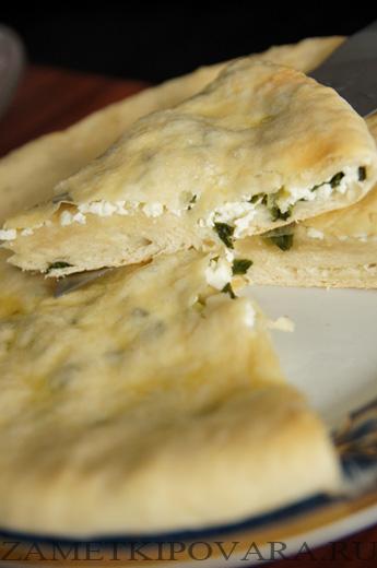 Осетинские пироги с сыром и зеленым луком