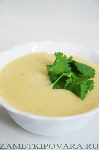 Постный гороховый суп-пюре в мультиварке