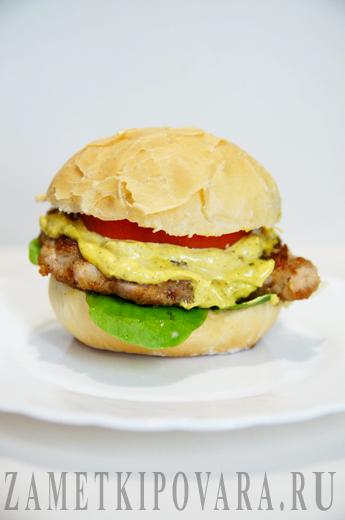 Гамбургер с курицей - Чикенбургер