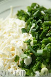 Каннеллони с сыром и зеленым чесноком