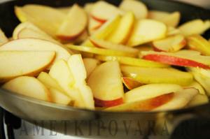 Штрудель из лаваша с яблоками