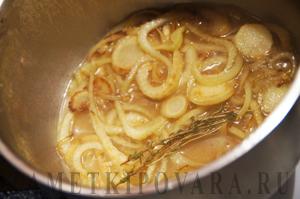 Сырный суп с шампиньонами и фенхелем