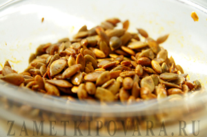 Жареные тыквенные семечки со специями