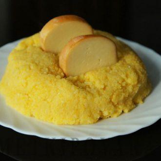 Мамалыга по-кавказски с сыром