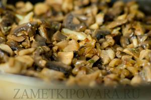 Бурый рис с шампиньонами