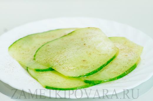 Карпаччо из зеленой редьки