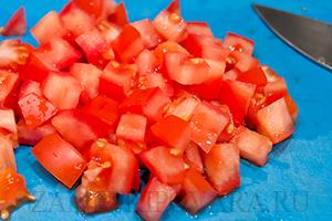 Рулет из лаваша с креветками, помидором и сыром