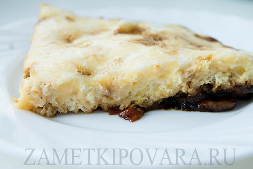Омлет с сыром, грибами и помидорами