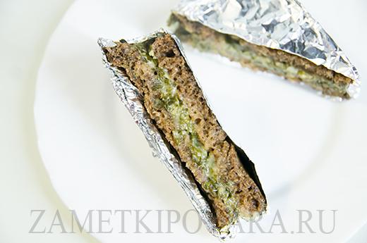 Запечённые сандвичи с сыром и щавелем