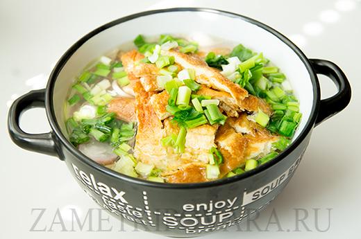 Суп с гречневой лапшой и омлетом