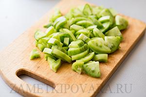 Омлет с зелеными помидорами