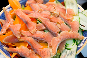 Салат по-японски с рыбой