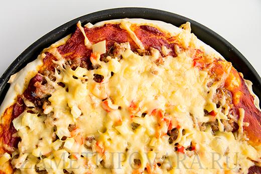 Пицца с мясным фаршем и болгарским перцем