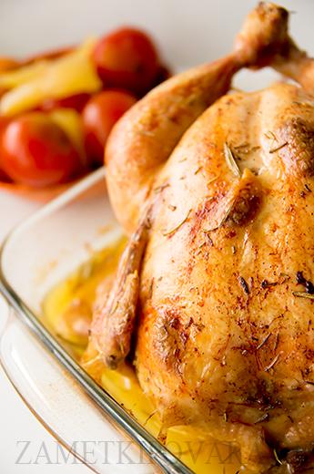 Курица, запеченная в белом вине с чесноком и розмарином