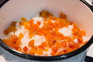 Рисовый десерт с кокосовым молоком
