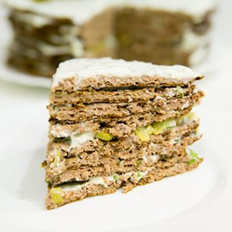 Печеночный торт с творожным сыром