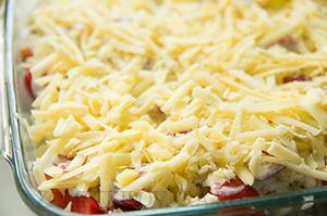 Цветная капуста, запеченная с помидорами и сыром