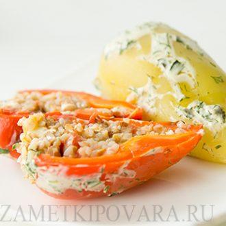 Болгарский перец, фаршированный гречкой