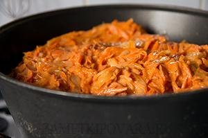 Голубцы с мясом в сметанно-томатном соусе