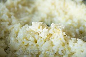 Рис с лимонной цедрой и чесноком