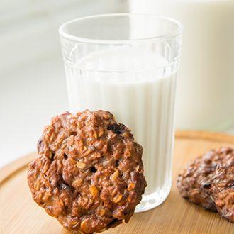 Овсяное печенье с творогом и вишней
