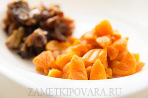 Кукурузное печенье с орехами и сухофруктами