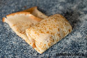 Блины с творожным сыром, семгой и укропом