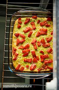 Пирог-запеканка из кабачков с помидорами