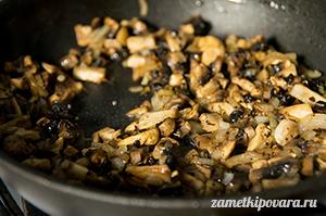 Тимбаль из кабачков с грибами