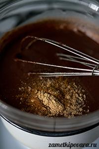 Горячий шоколад со специями и маршмеллоу
