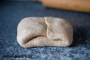 Хлеб с вялеными помидорами и чесноком