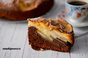 Шоколадно-сливочный пирог с грушами