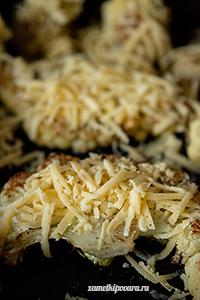 Стейк из цветной капусты с сыром